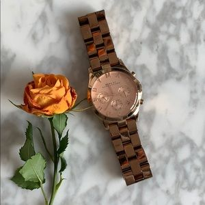Marc by Marc Jacobs rose gold-tone watch MBM3107